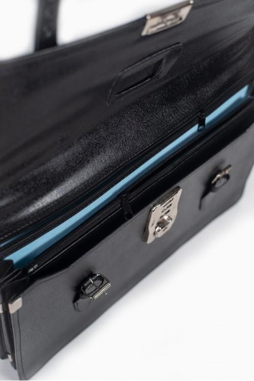 กระเป๋าหนัง 1 ล็อก